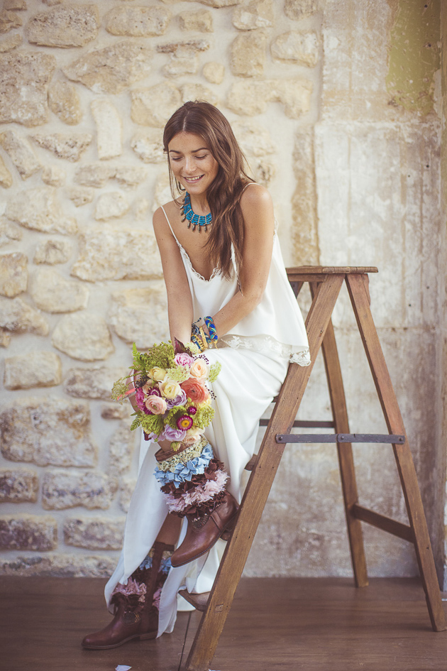 Southwest-Boho-Wedding-Inspiration-Camille-Marciano-for-Junophoto-Bridal-Musings-Wedding-Blog-9